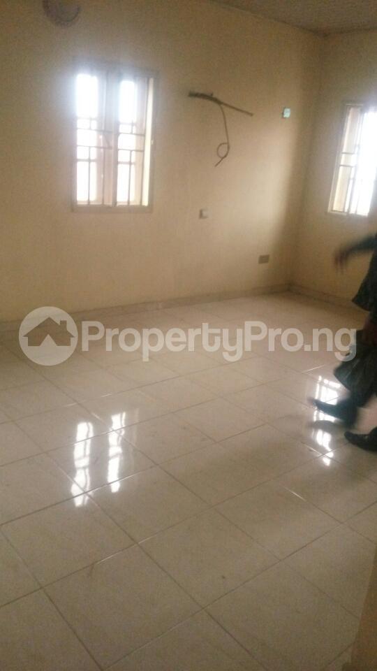 3 bedroom Block of Flat for sale Ajao Estate Isolo. Lagos Mainland Ajao Estate Isolo Lagos - 4