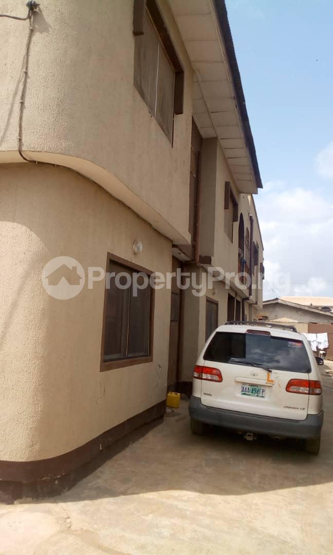 3 bedroom Flat / Apartment for sale Idimu Ejigbo Estate. Lagos Mainland  Ejigbo Ejigbo Lagos - 4