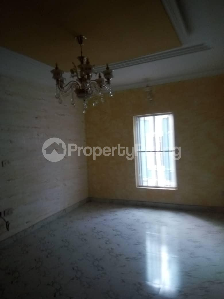 5 bedroom House for sale Kayode Taiwo drive Magodo GRA Phase 2 Kosofe/Ikosi Lagos - 8