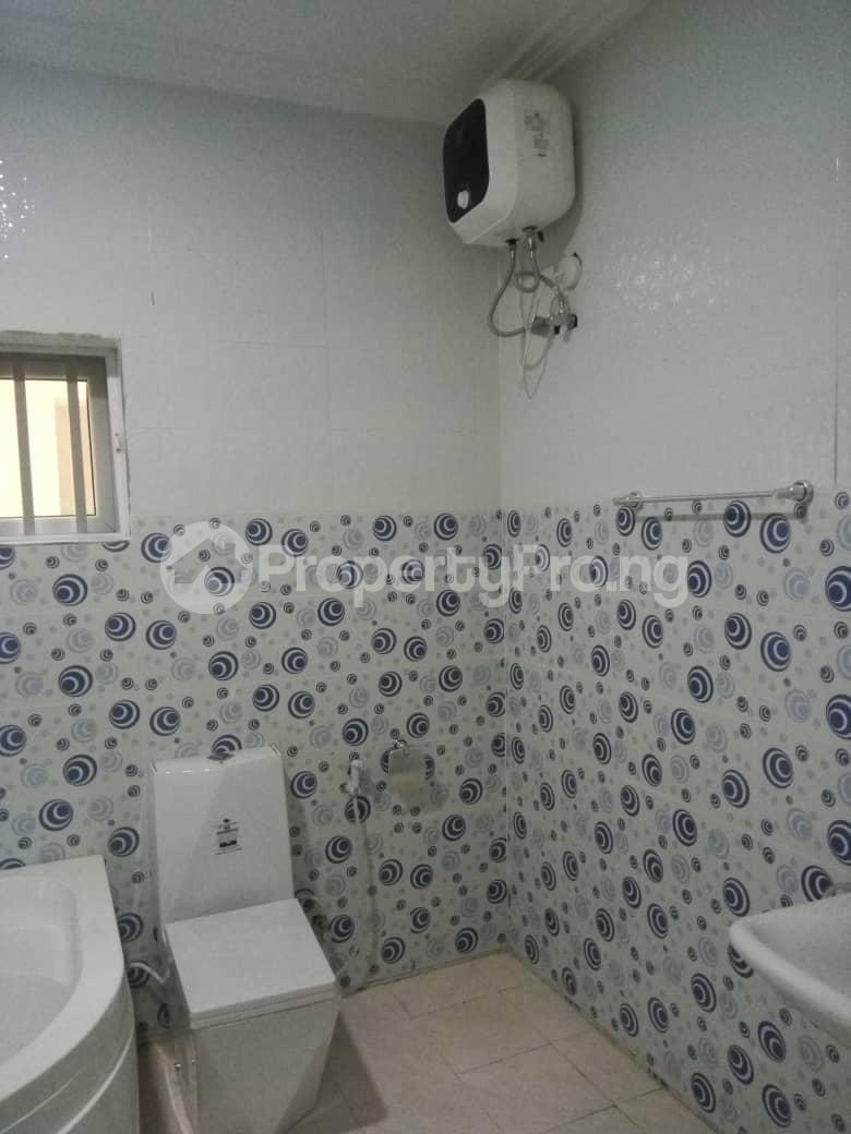 5 bedroom House for sale Kayode Taiwo drive Magodo GRA Phase 2 Kosofe/Ikosi Lagos - 11