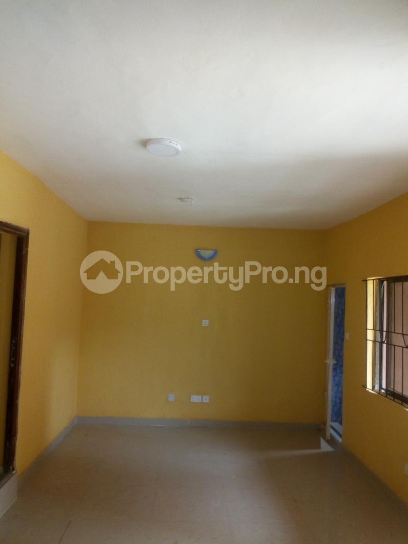 2 bedroom Flat / Apartment for rent OKE-SANYA STREEET, PAPA-AJAO..MUSHIN Mushin Mushin Lagos - 7