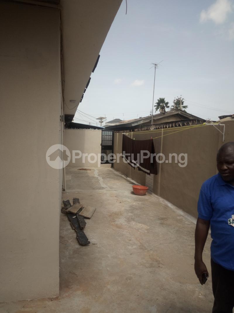 2 bedroom Flat / Apartment for rent off masha Road, surulere lagos Masha Surulere Lagos - 6