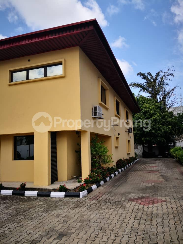 10 bedroom Hotel/Guest House Commercial Property for rent Agoro-odiyan Adeola Odeku Victoria Island Lagos - 3