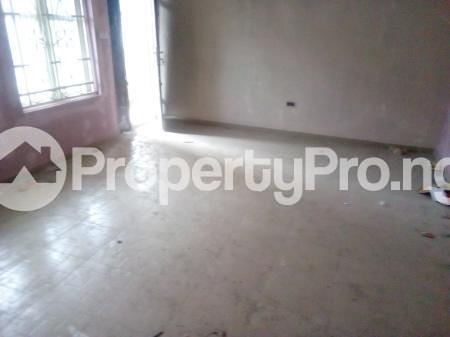 3 bedroom Flat / Apartment for rent Yabatech  Abule-Ijesha Yaba Lagos - 2