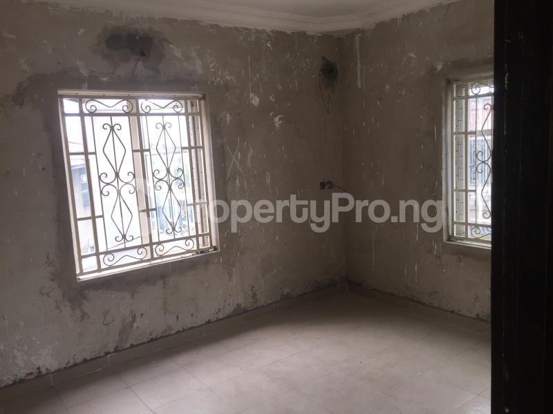 3 bedroom Flat / Apartment for rent Yabatech  Abule-Ijesha Yaba Lagos - 6