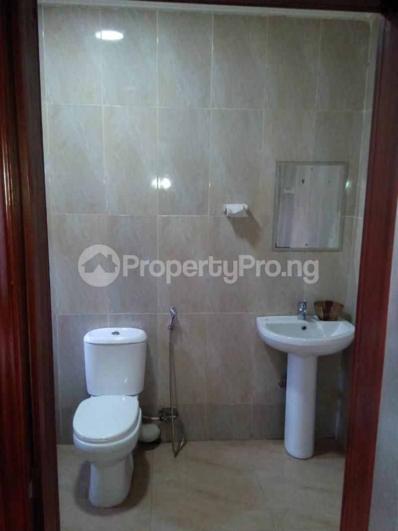 1 bedroom mini flat  Mini flat Flat / Apartment for rent Onipanu Awoyokun street off ikorodu road. Onipanu Shomolu Lagos - 3
