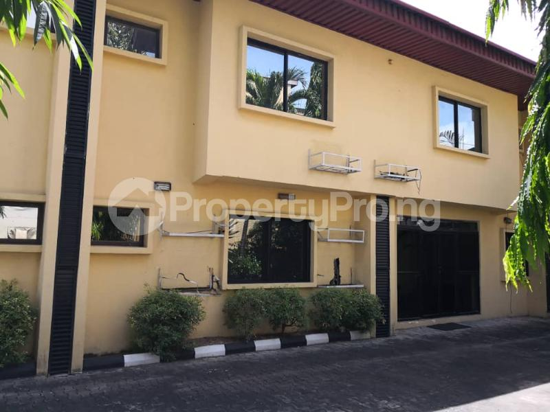 10 bedroom Hotel/Guest House Commercial Property for rent Agoro-odiyan Adeola Odeku Victoria Island Lagos - 2