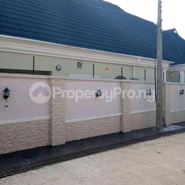 5 bedroom Detached Bungalow House for sale Gowon estate Egbeda Alimosho Lagos - 6