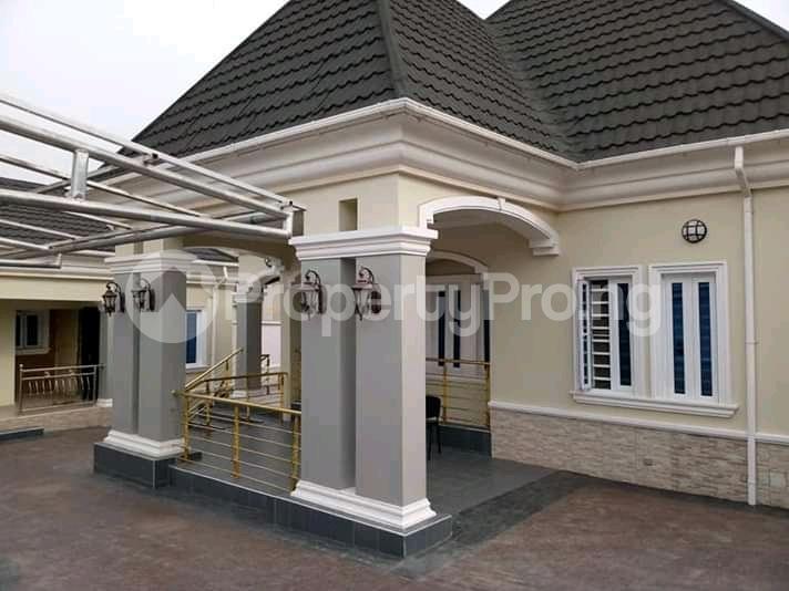 5 bedroom Detached Bungalow House for sale Gowon estate Egbeda Alimosho Lagos - 3