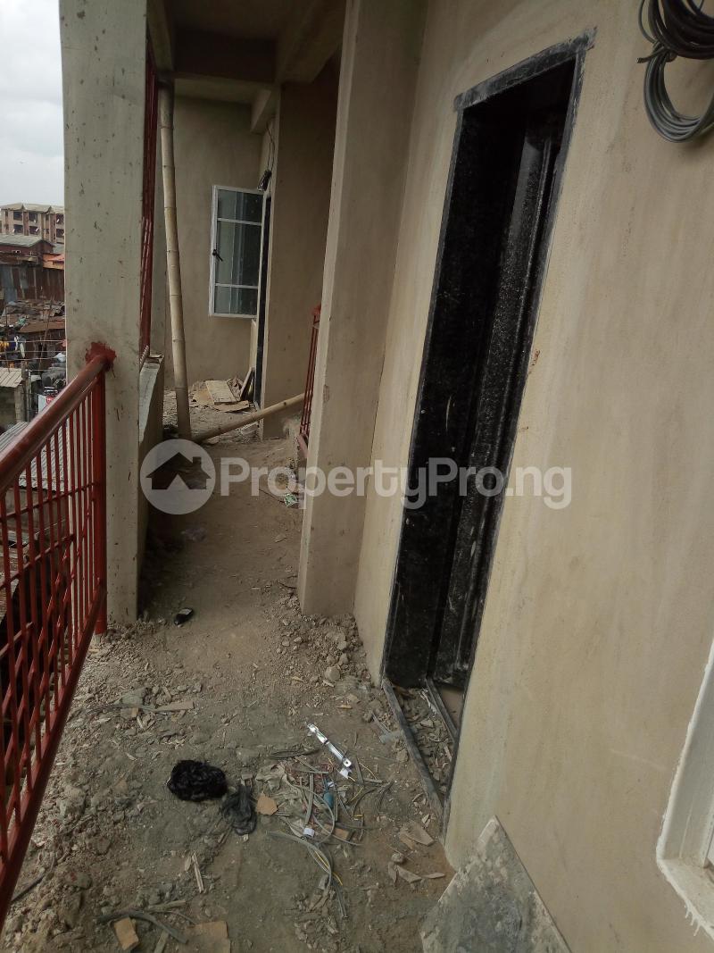 1 bedroom mini flat  Mini flat Flat / Apartment for rent Idi-Oro, by GTBANK  MUSHIN Mushin Mushin Lagos - 4