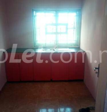 1 bedroom mini flat  Flat / Apartment for rent Off Adekunle Kuye Adelabu Surulere Lagos - 4