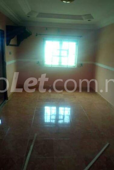 1 bedroom mini flat  Flat / Apartment for rent Off Adekunle Kuye Adelabu Surulere Lagos - 3