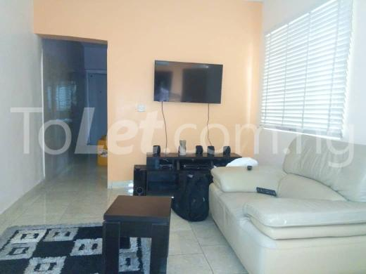 1 bedroom mini flat  Flat / Apartment for rent eletu, by shoprite Osapa london Lekki Lagos - 2