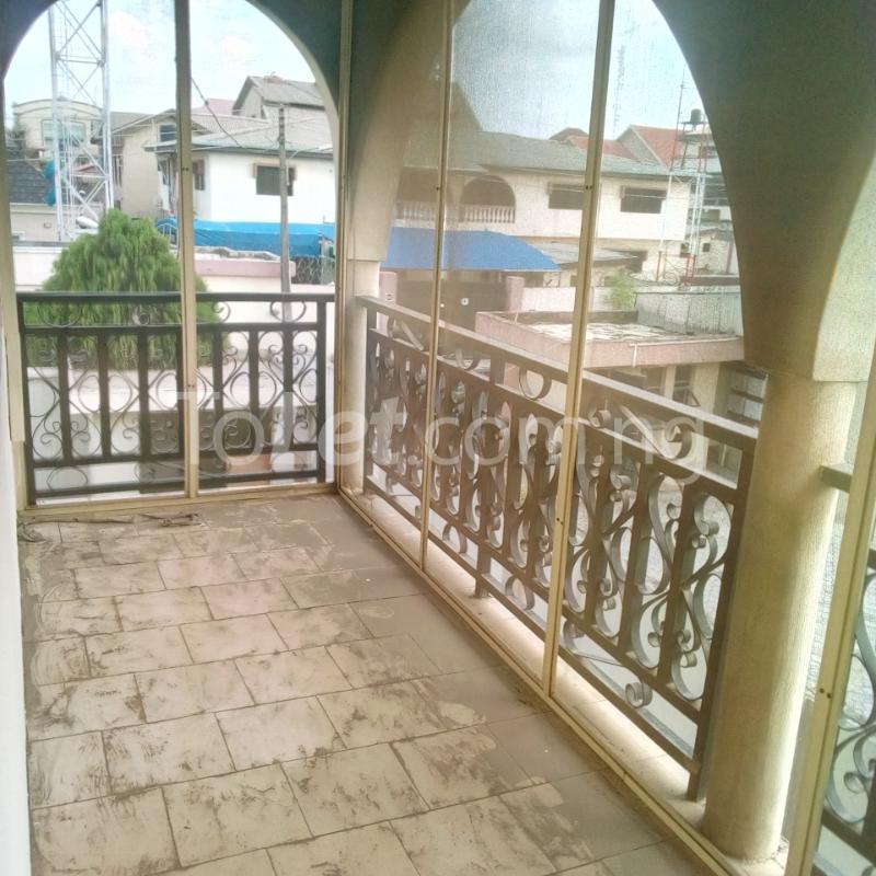 Four Bedroom Houses For Rent: 4 Bedroom House For Rent MICHAEL OTEDOLA CRESCENT Ikeja G