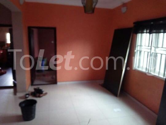 1 bedroom mini flat  Flat / Apartment for rent Rasaq Balogun Street Adeniran Ogunsanya Surulere Lagos - 3