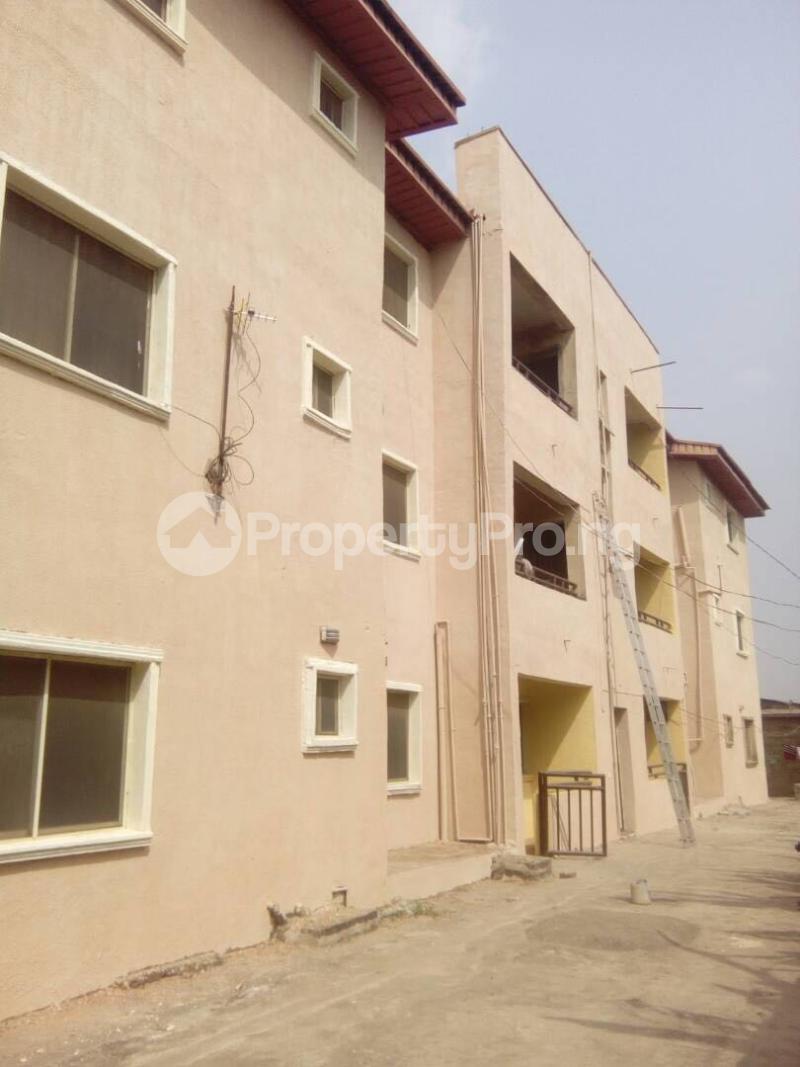 3 bedroom Flat / Apartment for rent New Oko Oba Abule Egba Oko oba Agege Lagos - 6