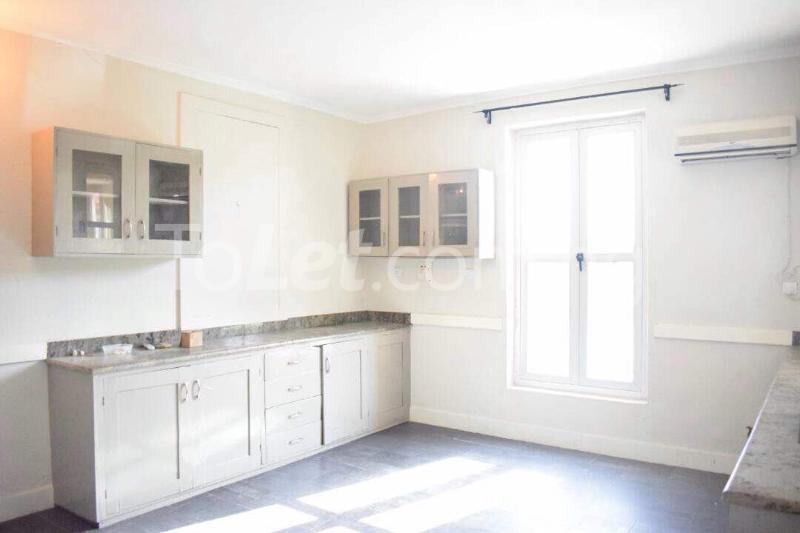 3 bedroom House for sale 25, Tangayika Crescent  Sangotedo Lagos - 4
