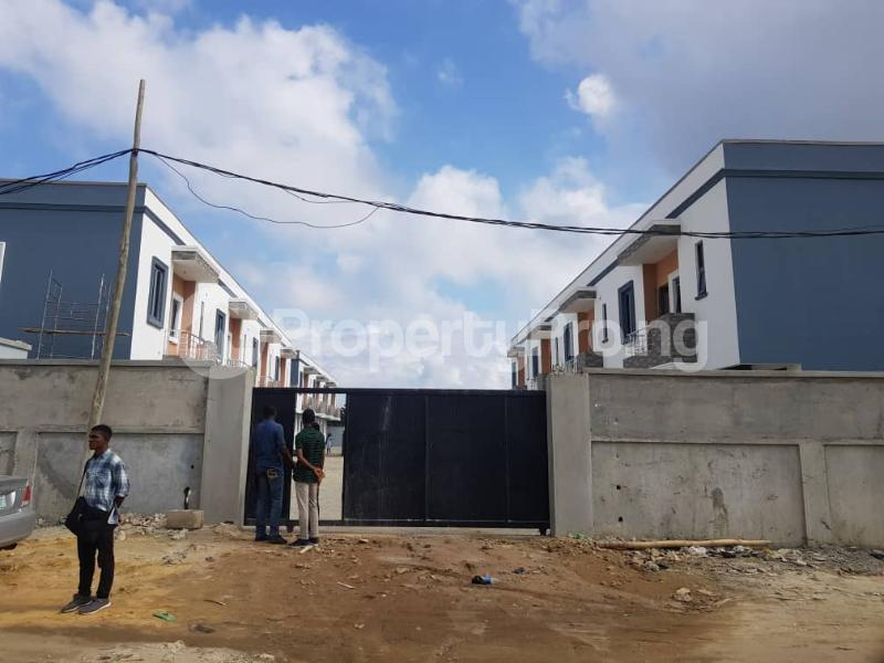 3 bedroom Terraced Duplex House for sale Orchid road axis, 2nd Toll gate at Chevron, Lekki.Close to Chevron Toll gate axis, Lekki. chevron Lekki Lagos - 7