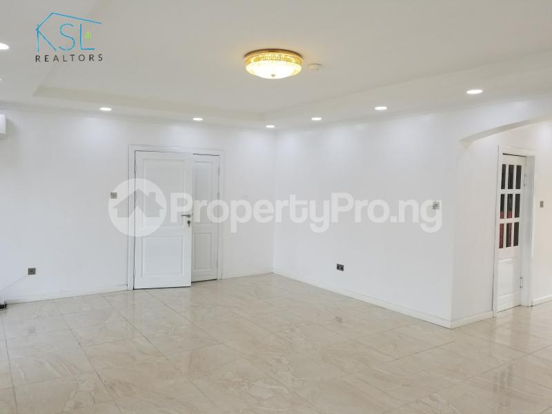 3 bedroom Flat / Apartment for rent Temple Road,  Ikoyi Lagos - 2