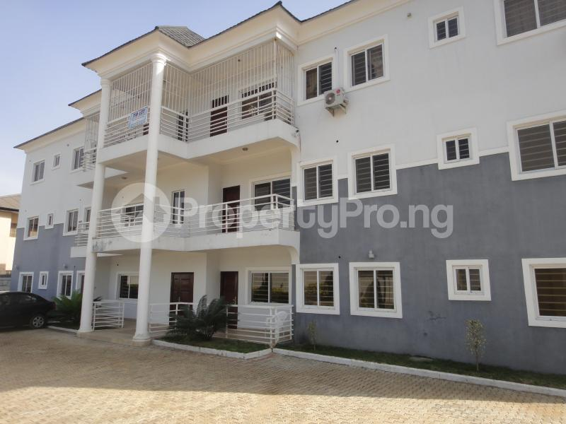 3 bedroom Flat / Apartment for rent Cadastral Zone co2 Gwarimpa1 district Lifecamp extension.  Off AA rano petrol station Lifecamp  Life Camp Abuja - 2