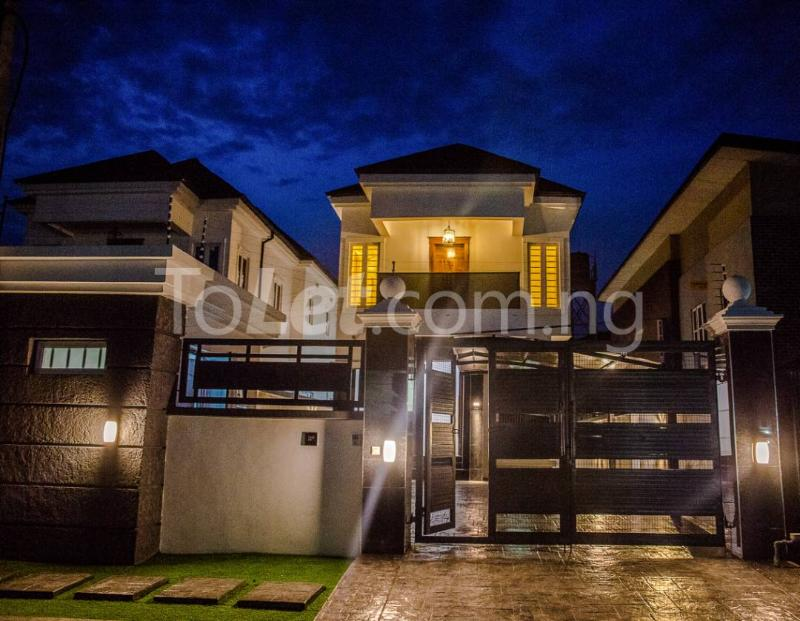 5 bedroom House for sale About 6 mins drive from circle mall, osapa london Osapa london Lekki Lagos - 1