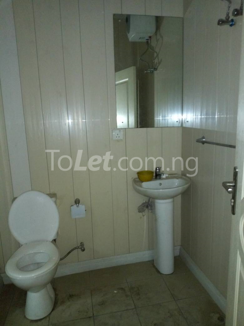 4 bedroom House for sale off Eric Moore Alaka/Iponri Surulere Lagos - 5