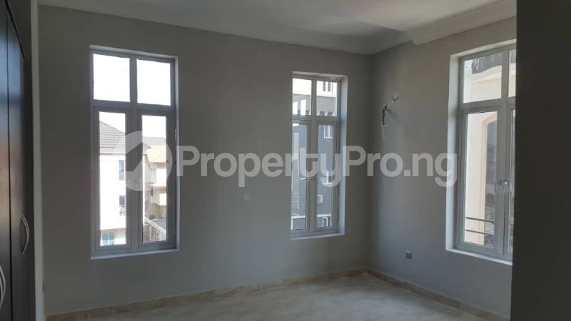 3 bedroom Flat / Apartment for sale Oniru Tiamiyu Savage Victoria Island Lagos - 4