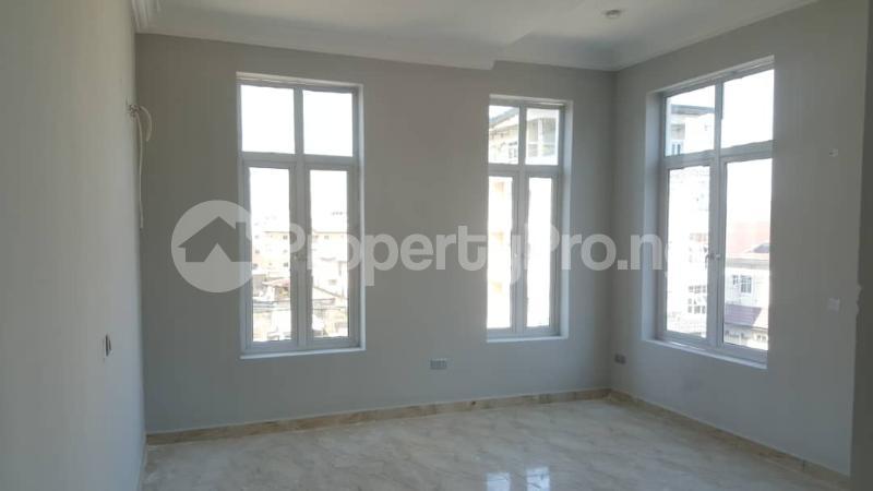 3 bedroom Flat / Apartment for rent Oniru Tiamiyu Savage Victoria Island Lagos - 3