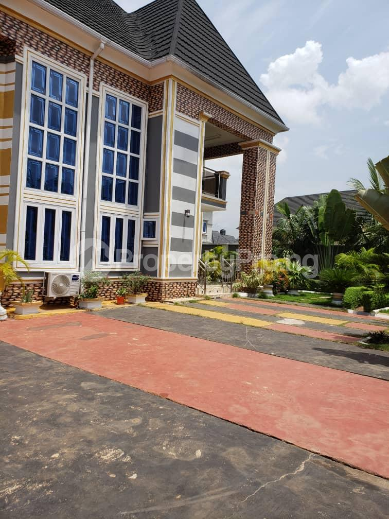 4 bedroom Detached Duplex House for sale CALL Area-Asaba, near GRA Police station, behind Federal High Court, Government house Asaba Delta - 2