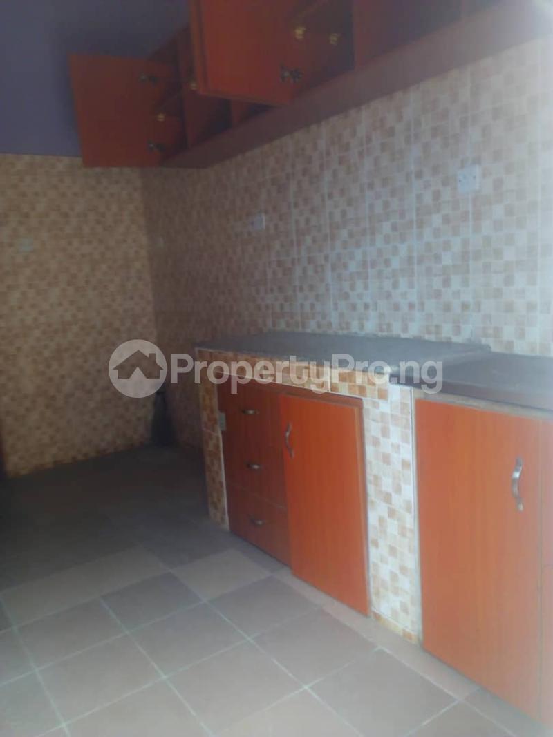 3 bedroom Flat / Apartment for rent Off Finbarrs Road, Akoka, Lagos. Akoka Yaba Lagos - 11