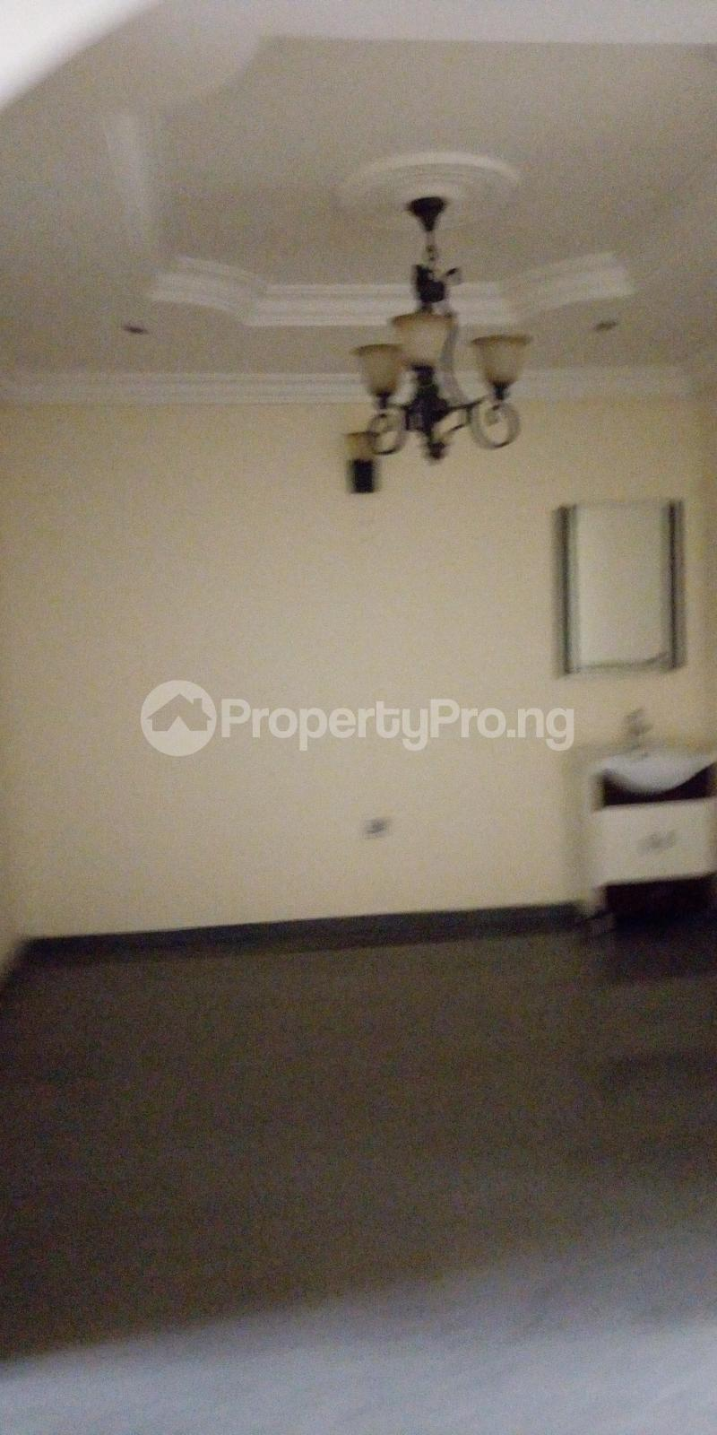 3 bedroom Flat / Apartment for rent private estate Adeniyi Jones Ikeja Lagos - 12