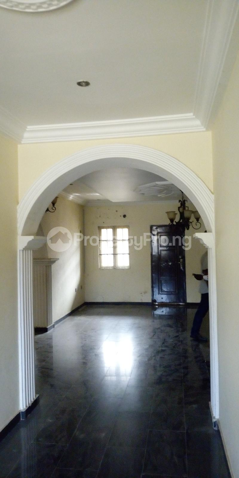 3 bedroom Flat / Apartment for rent private estate Adeniyi Jones Ikeja Lagos - 11