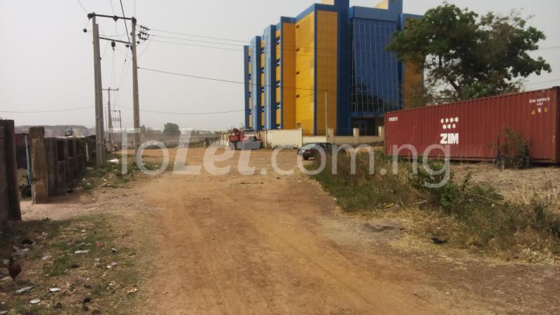 Land for sale By Alibet building near Amala Joint by Capital Hub Off Ahmadu Bello way Mabushi Abuja - 3