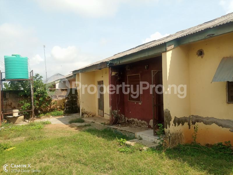 2 bedroom Semi Detached Bungalow House for sale NIA quarters FHA lugbe Lugbe Abuja - 0
