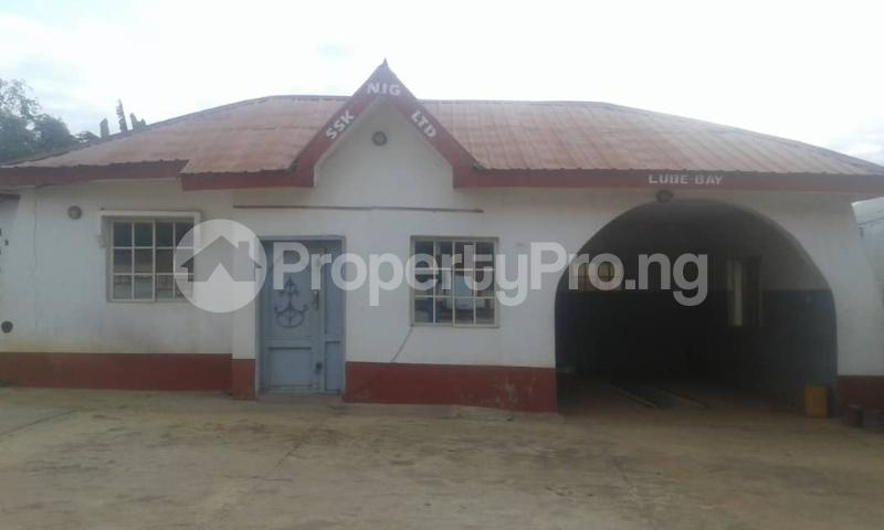 Commercial Property for sale  opp king's college moniya ibadan along/ibadan road  Akinyele Oyo - 5