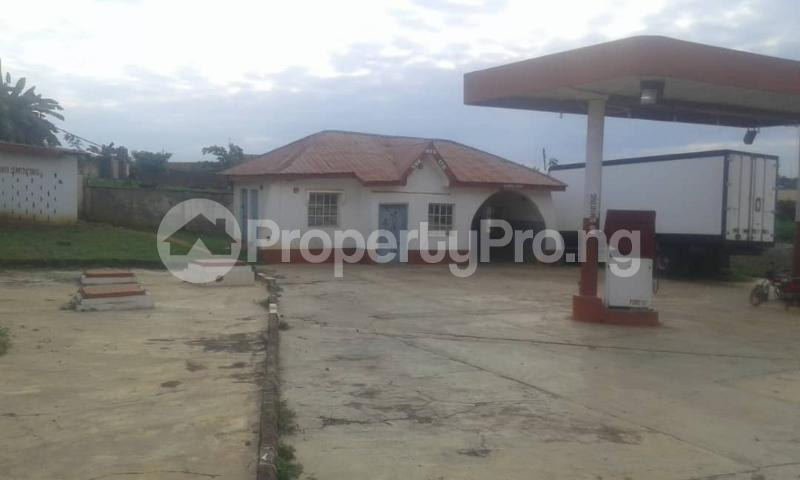 Commercial Property for sale  opp king's college moniya ibadan along/ibadan road  Akinyele Oyo - 4