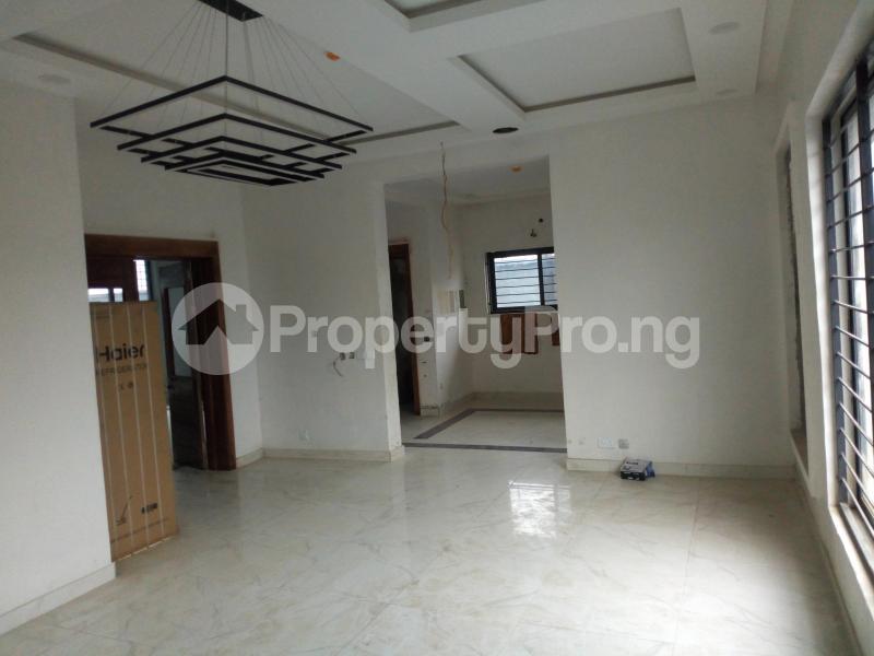 5 bedroom Detached Duplex House for sale paved street Mojisola Onikoyi Estate Ikoyi Lagos - 27