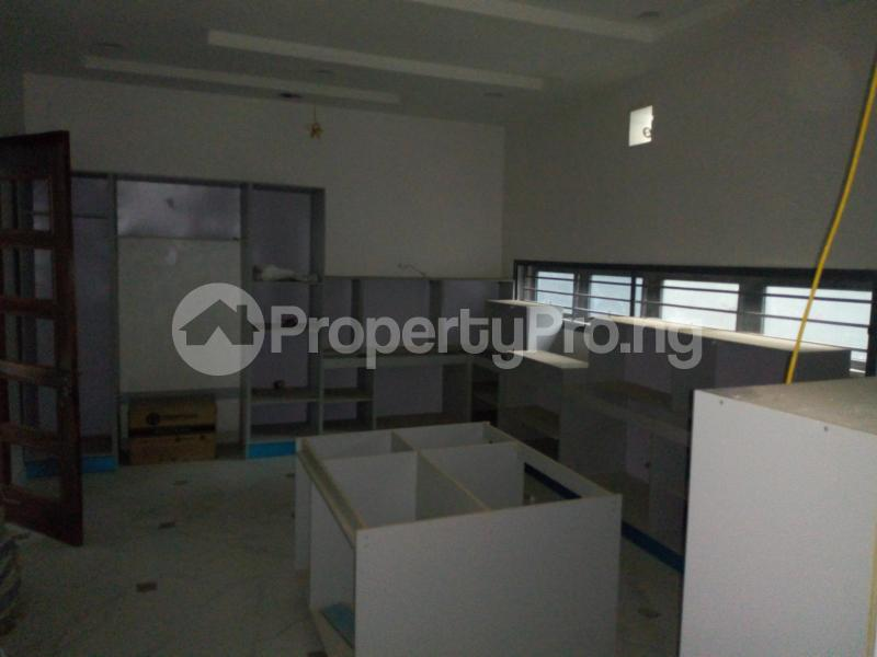 5 bedroom Detached Duplex House for sale paved street Mojisola Onikoyi Estate Ikoyi Lagos - 24