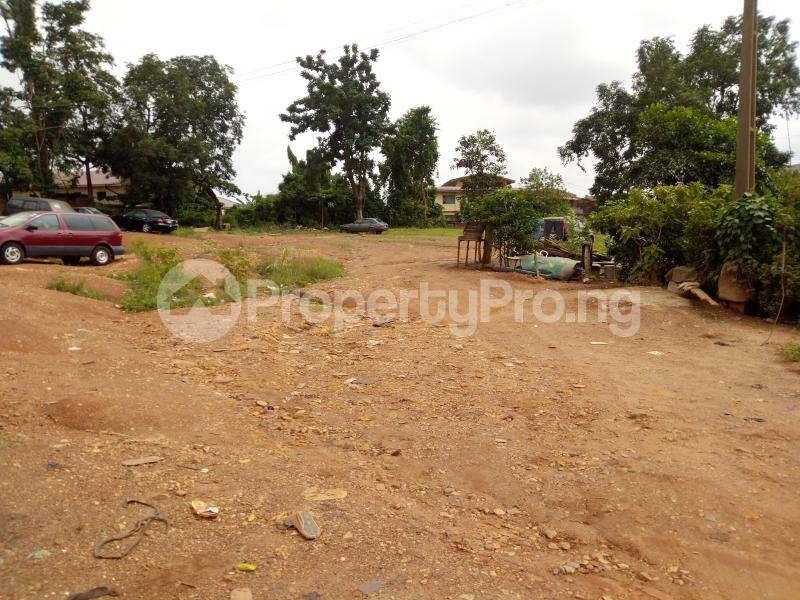 Commercial Land Land for sale Sawmill Bus stop, facing main Old ife road Ibadan Oyo - 1