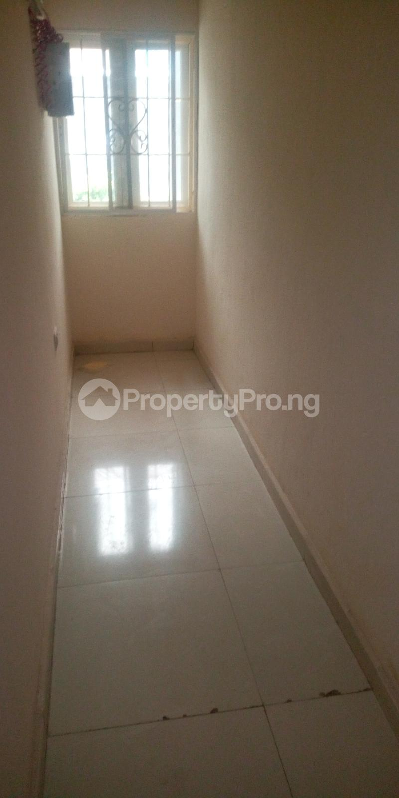 2 bedroom Flat / Apartment for rent Jehovah's witness road Calabar Cross River - 0