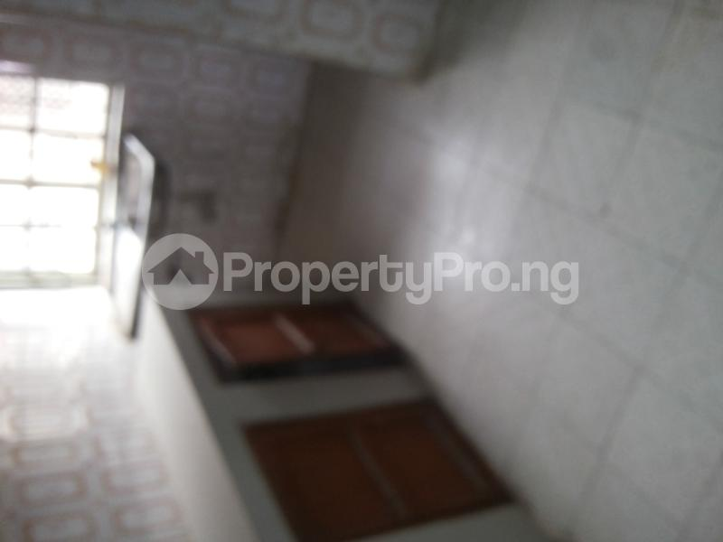 1 bedroom mini flat  Shared Apartment Flat / Apartment for rent moshalashi after kola bus stop Alagbado Abule Egba Lagos - 4