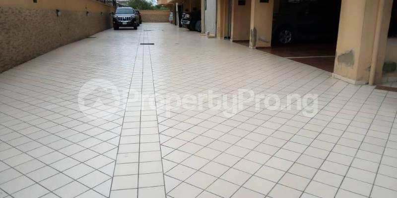 3 bedroom Flat / Apartment for rent Victoria Island ONIRU Victoria Island Lagos - 5