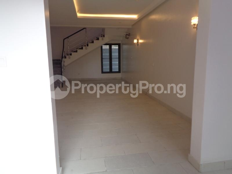 5 bedroom Semi Detached Duplex House for rent Agungi Road , Lekki Lagos Agungi Lekki Lagos - 0