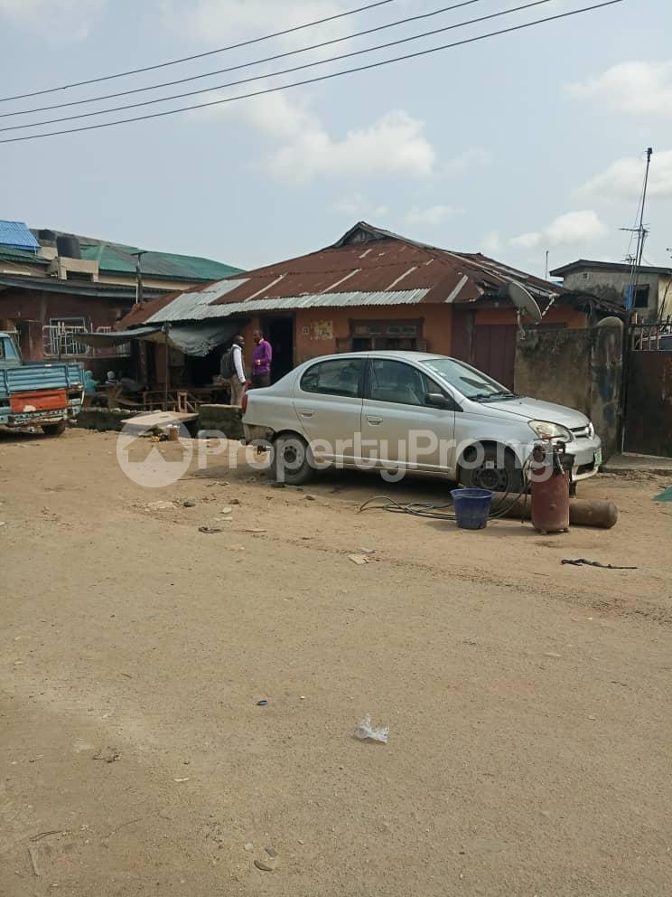 House for sale Shomolu Shomolu Lagos - 4