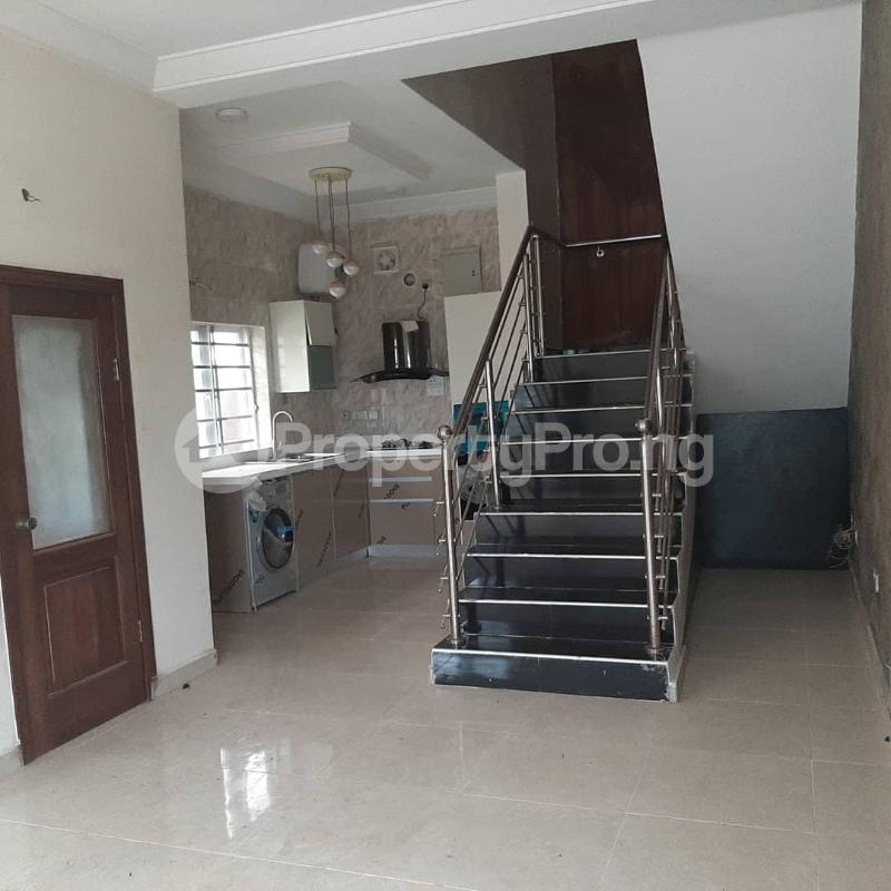 7 bedroom Detached Duplex House for sale Lekki 2nd Toll Gate , Lekki lagos chevron Lekki Lagos - 3