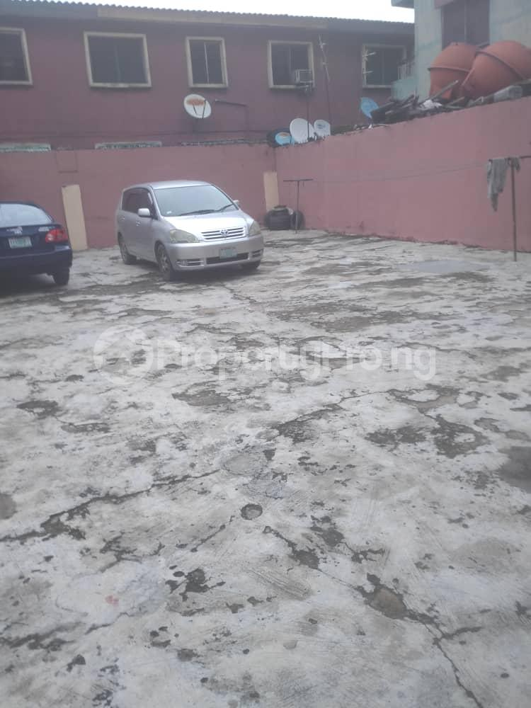 3 bedroom Blocks of Flats House for sale Off LUTH, mushin Mushin Mushin Lagos - 10