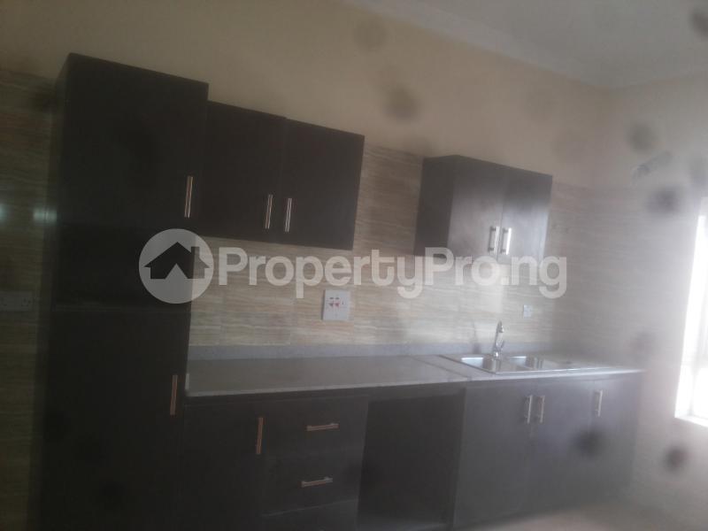 4 bedroom Massionette House for sale Jacob mews estate Adekunle Yaba Lagos - 2
