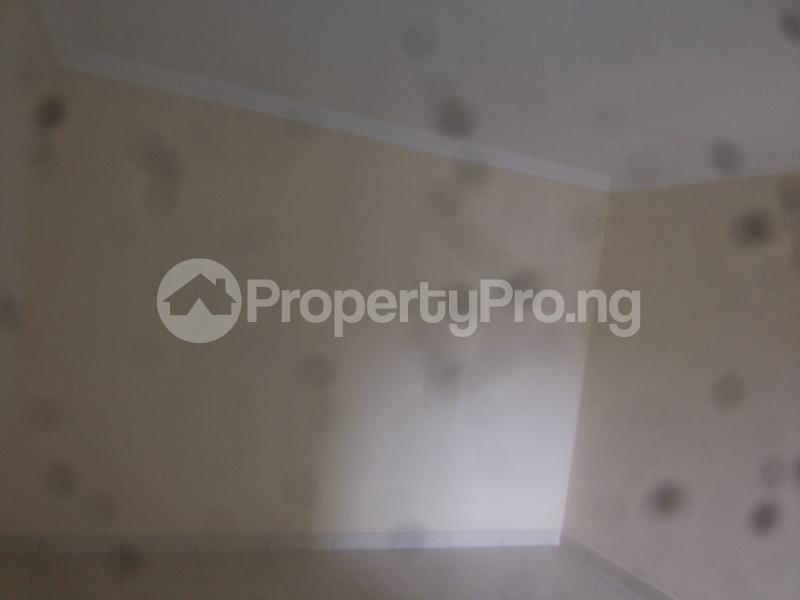 4 bedroom Massionette House for sale Jacob mews estate Adekunle Yaba Lagos - 4