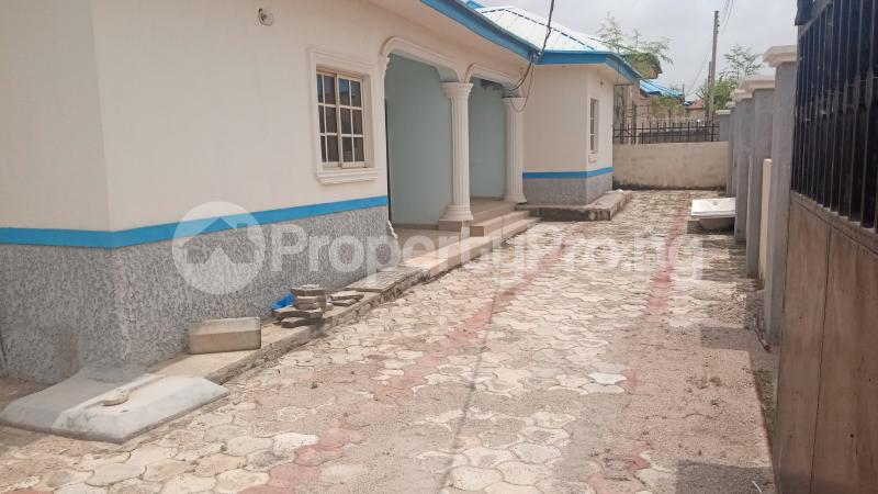 3 bedroom Detached Bungalow House for sale Shagari new extension Kaduna South Kaduna - 2