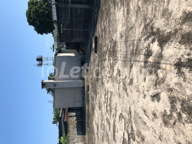 8 bedroom Detached Duplex House for sale Off Oduduwa Road  Apapa G.R.A Apapa Lagos - 3
